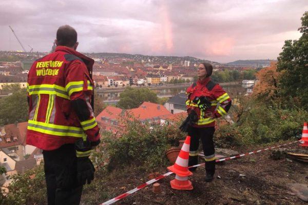 Kellerbrand über den Dächern von Würzburg – Gemeinschaftsübung mit dem LZ2